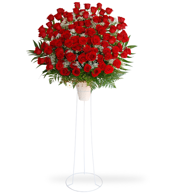 100 Red Rose Standing Spray Deluxe