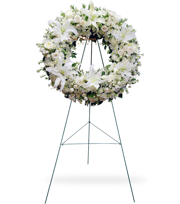 White Pure Wreath